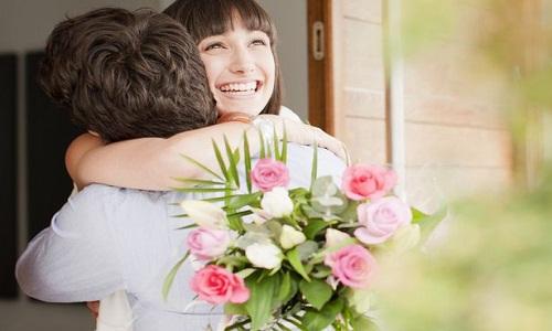 5. Pianifica una data per darle il fiore e dire:
