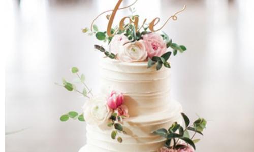 3. Delicious Flower Cake –