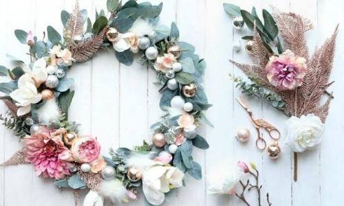 1. Decorazione corondi floreali