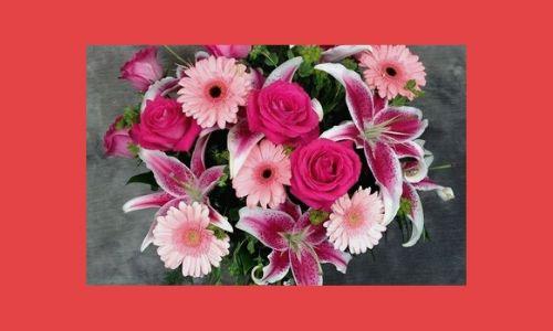 1. Bouquet di eleganza rosa