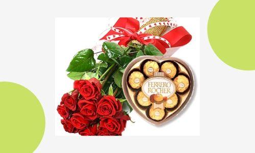 1. Bouquet di rose con cioccolatini