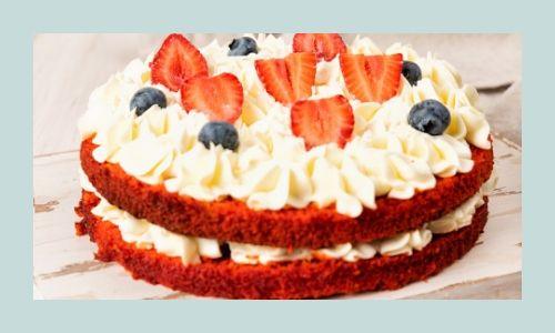 1) Torta di frutta di velluto rosso perfetta