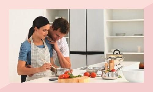 a) Cucina insieme