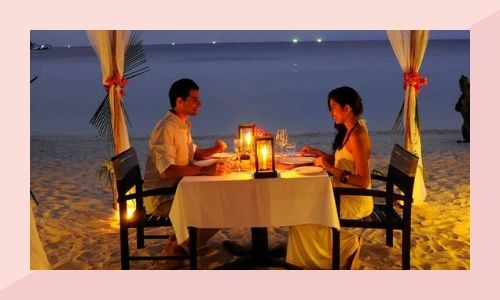 b) Organizza una cena a lume di candela con sentimenti
