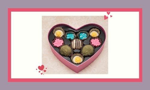 3. Scatola di cioccolatini a forma di cuore