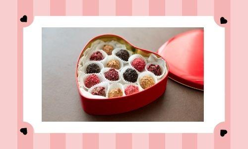 5. Scatola di cioccolatini cuore rosso assortito