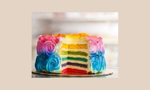 6. Torta a strati arcobaleno