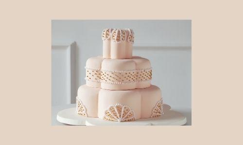 8. Confezione regalo e torta di perle
