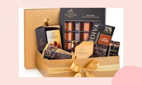 2. Cesto Speciale Di Cioccolatini Fondenti